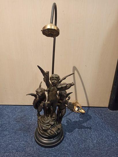 ROUSSEAU (XIX-XX) lampe en régule et tôle...