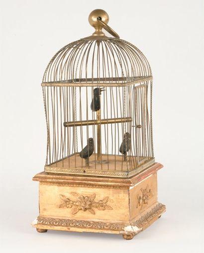 BLAISE BONTEMS Cage à trois oiseaux siffleurs....