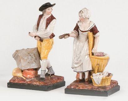 NIDERVILLER ( ?) Deux statuettes, L'architecte et la tripière, XIXe siècle. Faïence....