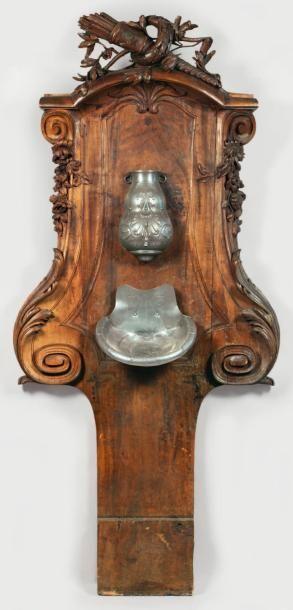 Fontaine d'applique en bois naturel sculpté...