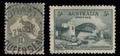 AUSTRALIE, un grand carton, collection de...