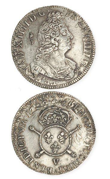 IDEM. Demi écu aux insignes, 1702 Troyes,...