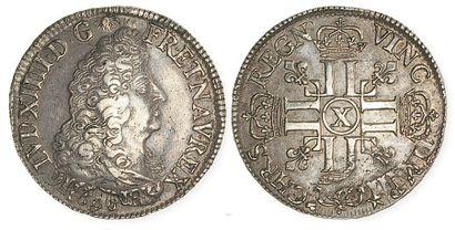 IDEM. Ecu aux 8 L, 1690 Amiens, réformation....