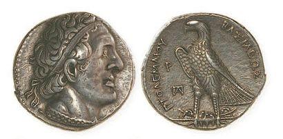 EGYPTE, Ptolémée I (323 - 285). Tétradrachme à l'aigle debout sur un foudre. P 3207...