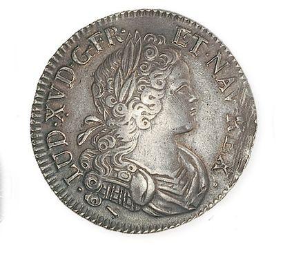 IDEM. Ecu de Navarre, 1718 Lille. G 318....
