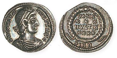 CONSTANCEII (337 - 361). Silique de Sirmium. R /VOTIS XXX MVLTIS XXXX, en quatre...