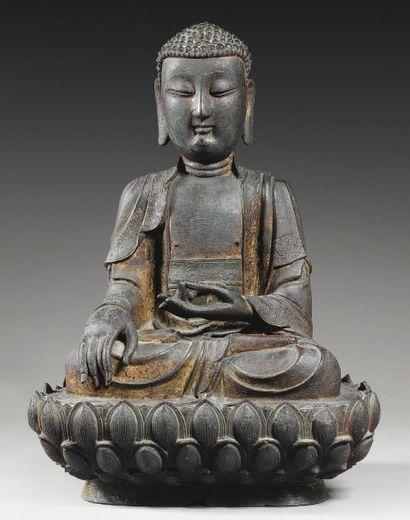 Importante statuette de bouddha en bronze...