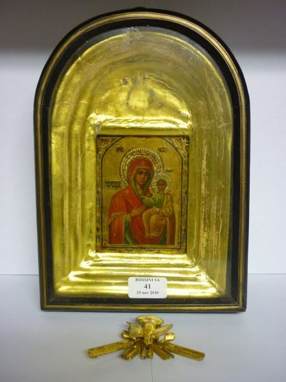 Vierge de Smolensk vers 1900 Dans son kiot....