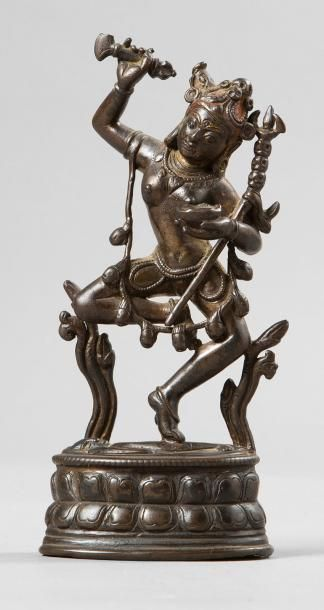 Statuette en bronze de patine brune anciennement...