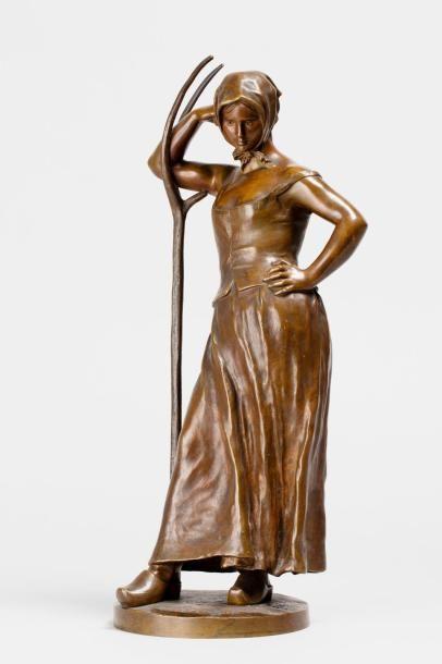 BOUCHER Alfred, 1850-1934  La faneuse  bronze...