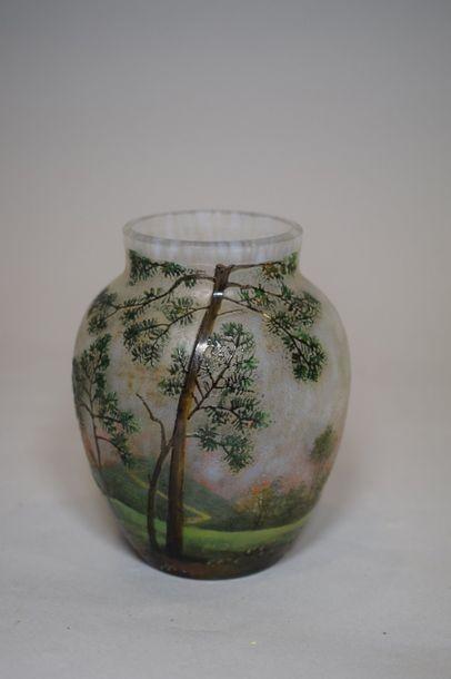 LAMARTINE  Vase ovoïde épaulé et col annulaire....