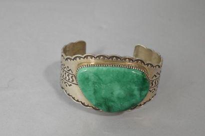 Bracelet en argent serti d'une importante...