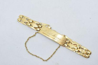 Bracelet en or jaune 18k (750) à maille losangique,...