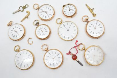 Lot de neuf montres de col en or jaune 18k...