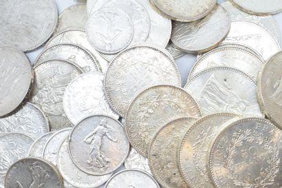 Lot de pièces en argent composé de :  - 23...