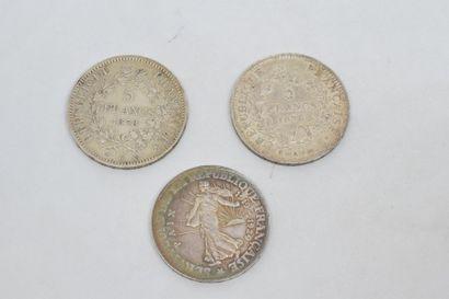 III République 5 Francs Hercule. 2 exemplaires 1876 Paris et 1878 Bordeaux. On y...