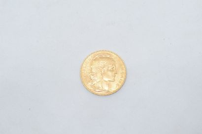Pièce en or de 20 Francs au coq, 1913.  TTB...
