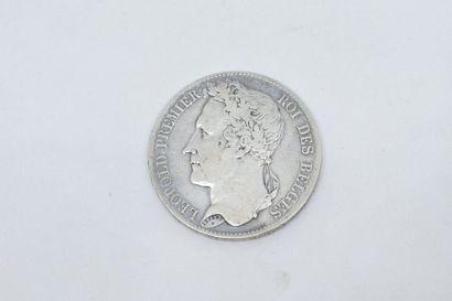 BELGIQUE  Pièce en argent 5 francs Leopold Premier roi des belges 1847.  Poids :...