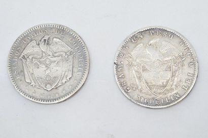 COLOMBIE  Ensemble de deux pièces en argent :  1 Peso. Avers : inscription : ESTADOS...