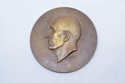Médaille en bronze.  Avers : EMILE SERGENT....