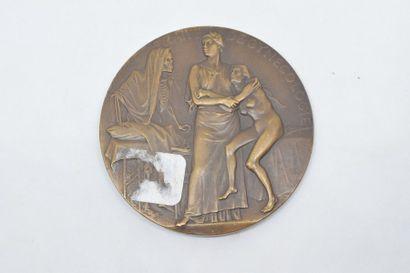 Médaille en bronze (corne d'abondance).  Avers : PROFESSEUR SAMUEL POZZI DE L'ACmie...