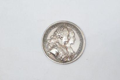 SAINT EMPIRE  Médaille en argent commémorant...