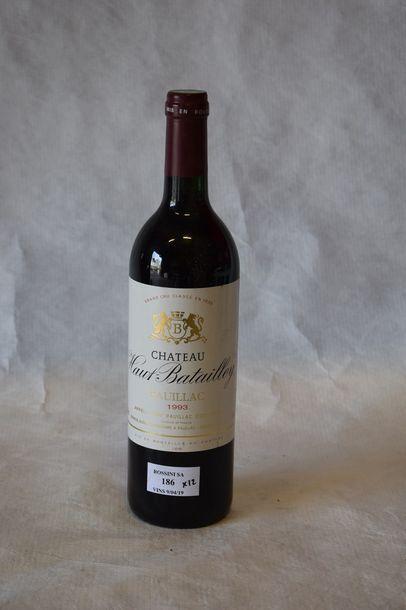 12 bouteilles CH. HAUT BATAILLEY, 5° cru...
