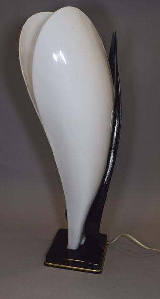 MAISON ROUGIER  Lampe de table en bakélite...