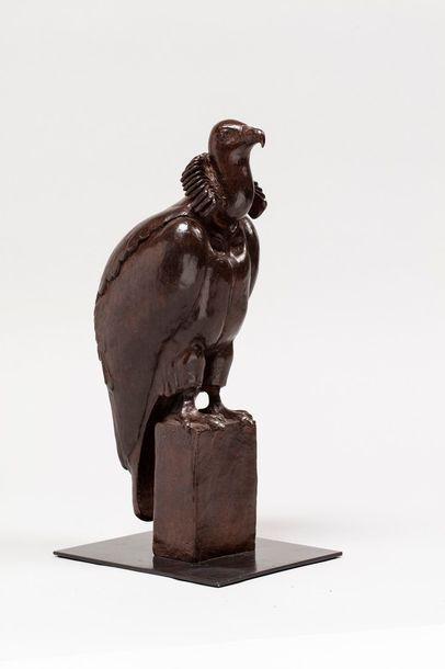 DEVAUX Judith, née en 1970  Vautour  bronze...