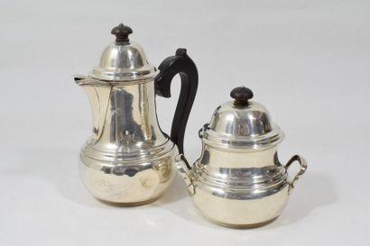 Cafetière et sucrier en argent (950) de forme...