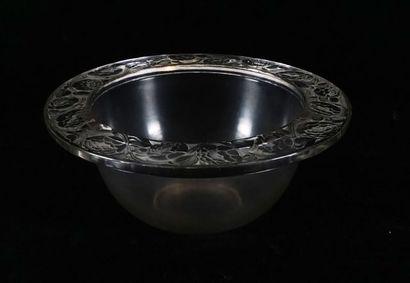 Grande coupe René Lalique aux motifs de pivoines....