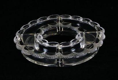 Chemin de table ''Feston'' Lalique à quatre...