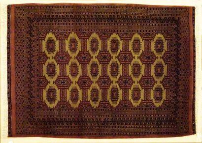 Tapis pakistanais Boukara, laine sur cotton,...