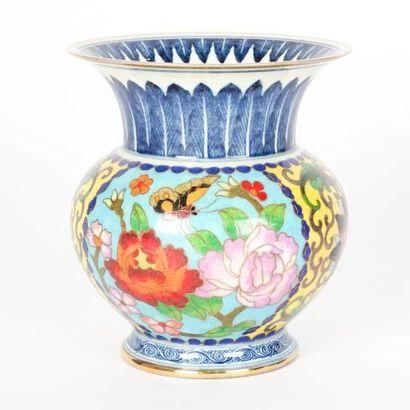 Vase seau cloisonné bleu et blanc « Flower...