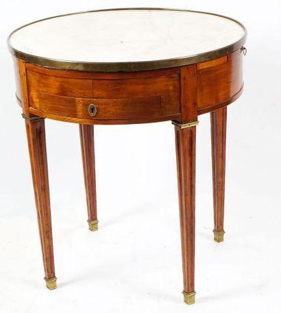 Table bouillotte en bois naturel, s'ouvrant...