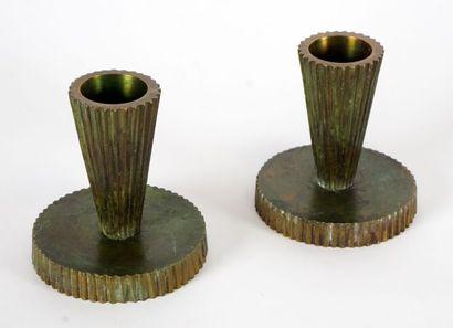 Paire de chandelier en bronze Tinos Danemark....