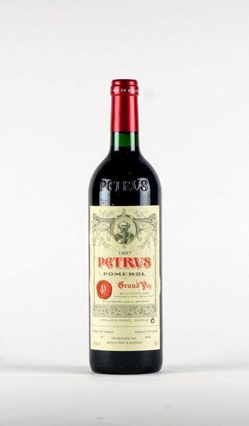 Pétrus 1997  Pomerol Appellation Contrôlée...
