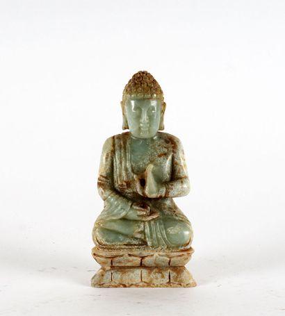BOUDDHA  Figure de Bouddha assis en méditation,...