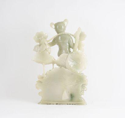 STATUETTE  Statuette en jade de Honan, représentant une jeune fille sur une carpe...
