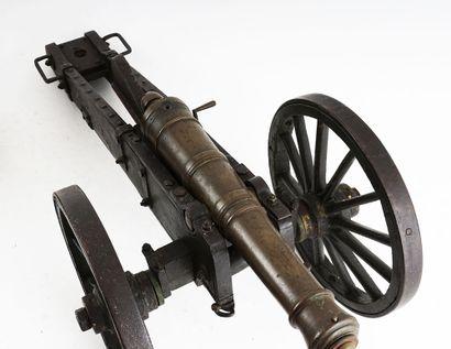 Collection de canons comprenant un canon...