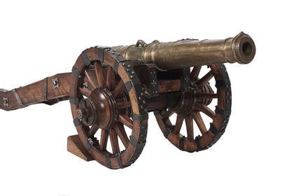 Canon d'alarme Vallière, comporte un fût...