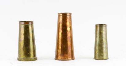 BEAU, Paul (1871-1949)  Suite de trois vases...