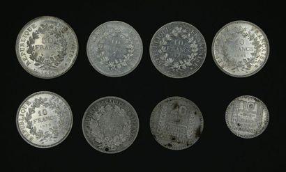 Ensemble de pièces en argent : une pièce...