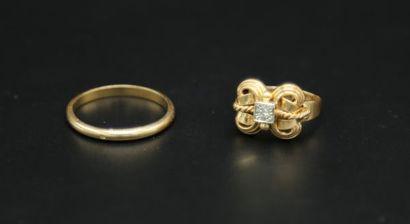 * Bague en or jaune 750 millièmes formant...