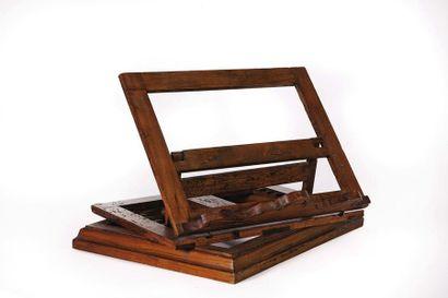 Lutrin de table en bois fruitier XIXe siècle...