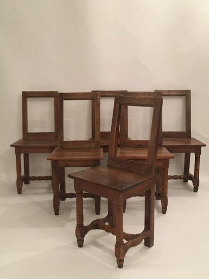 Ensemble de six chaises Lorraine en bois...