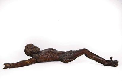 Christ en bois fruitier sculpté. Vers 1500...