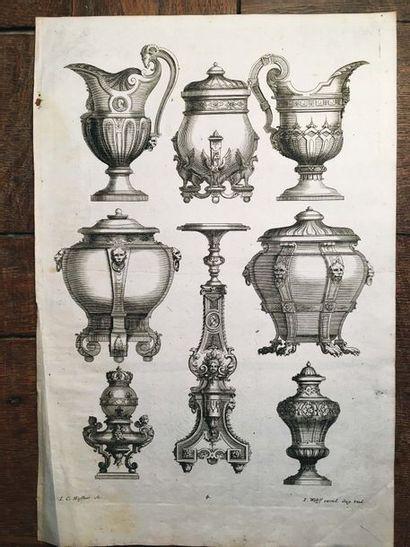 Important carton à dessins comprenant environ soixante gravures et dessins de motifs...