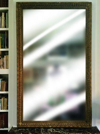 Grand Miroir rectangulaire en bois et stuc...