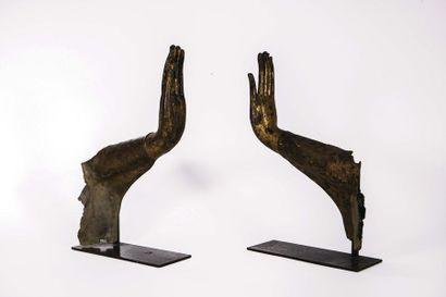 Ancien royaume de Siam : Deux mains de Bouddha...